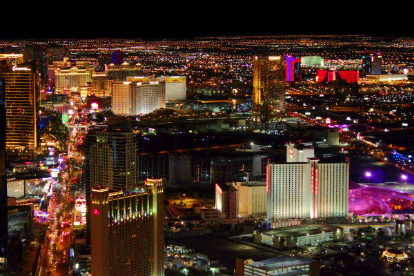 SUMMER & XMAS: Los Angeles to Las Vegas (& vice versa) for only $69 roundtrip