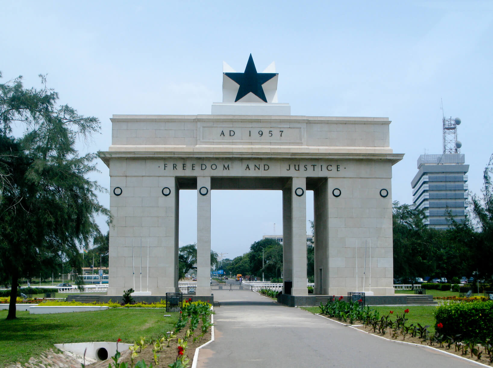 Cologne, Germany to Accra, Ghana for only €297 roundtrip