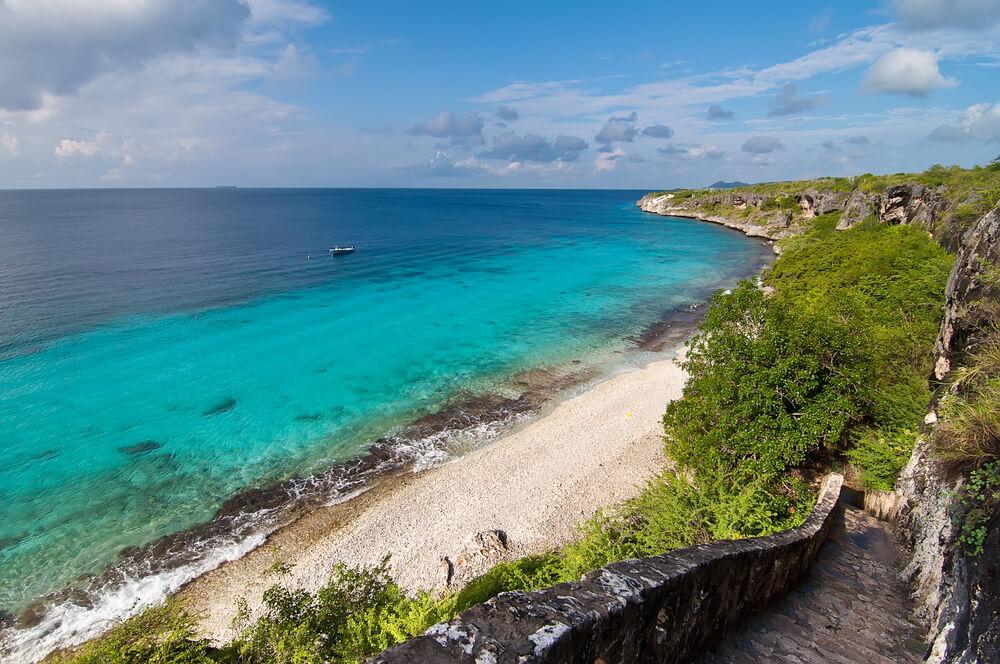 SUMMER: Denver, Colorado to Bonaire for only $238 roundtrip (Aug-Sep dates)