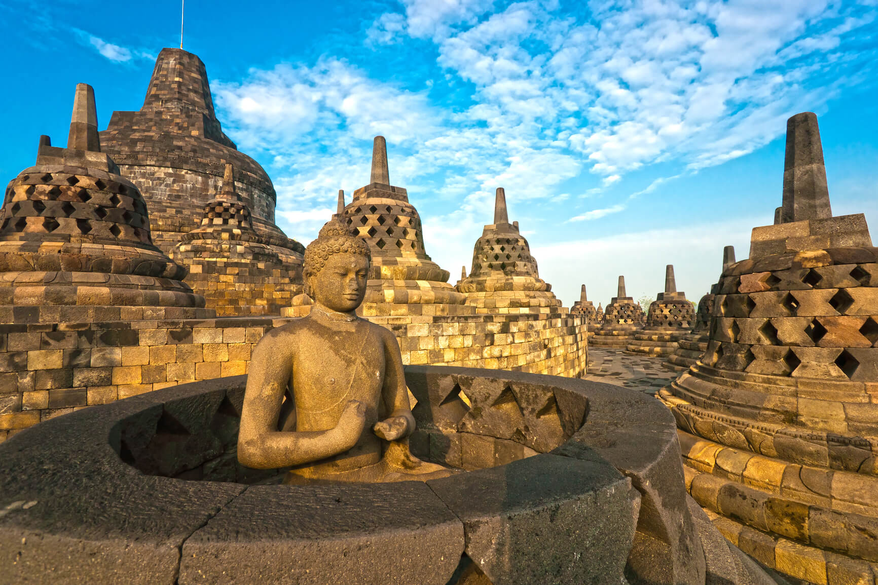 Munich, Germany to Jakarta, Indonesia for only €399 roundtrip