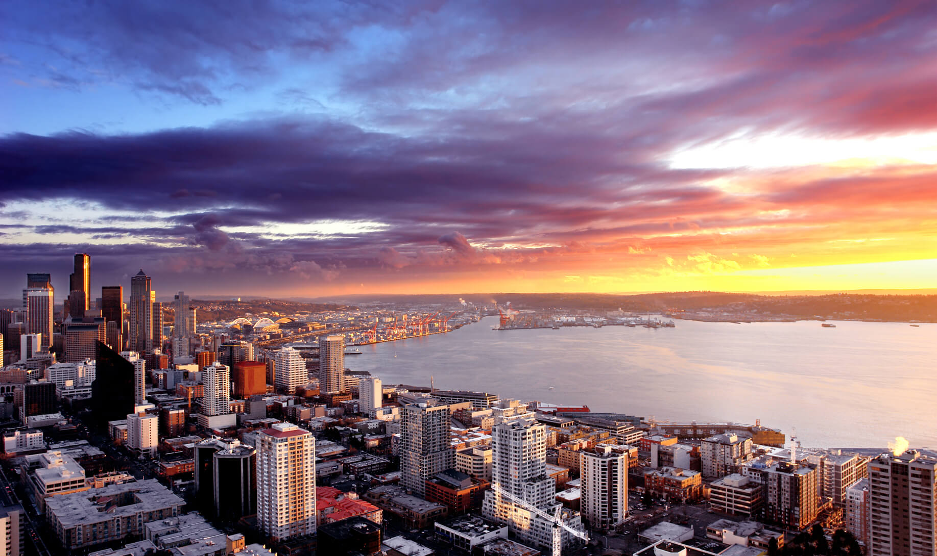 Non-stop from Amsterdam, Netherlands to Seattle, USA for only €366 roundtrip (Aug-Sep dates)