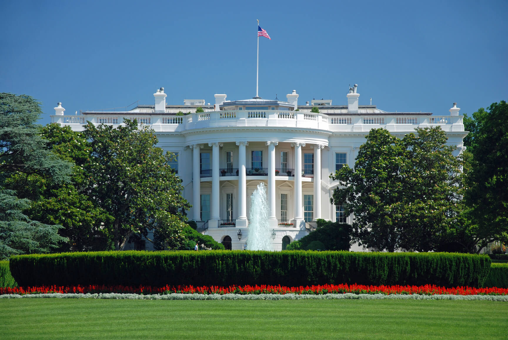 Santiago, Chile to Washington DC, USA for only $428 USD roundtrip (Oct-May dates)
