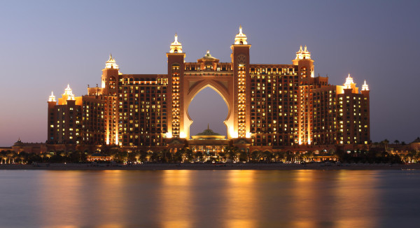 Chicago to Dubai, UAE for only $568 roundtrip