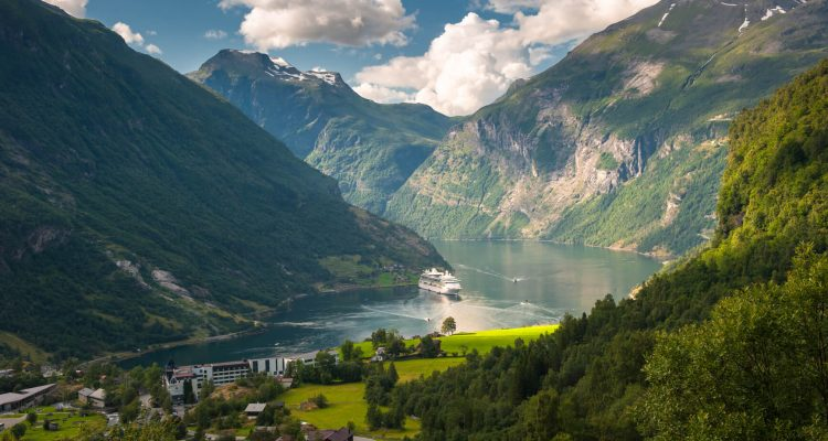 Flight deals from Los Angeles to Oslo, Norway   Secret Flying