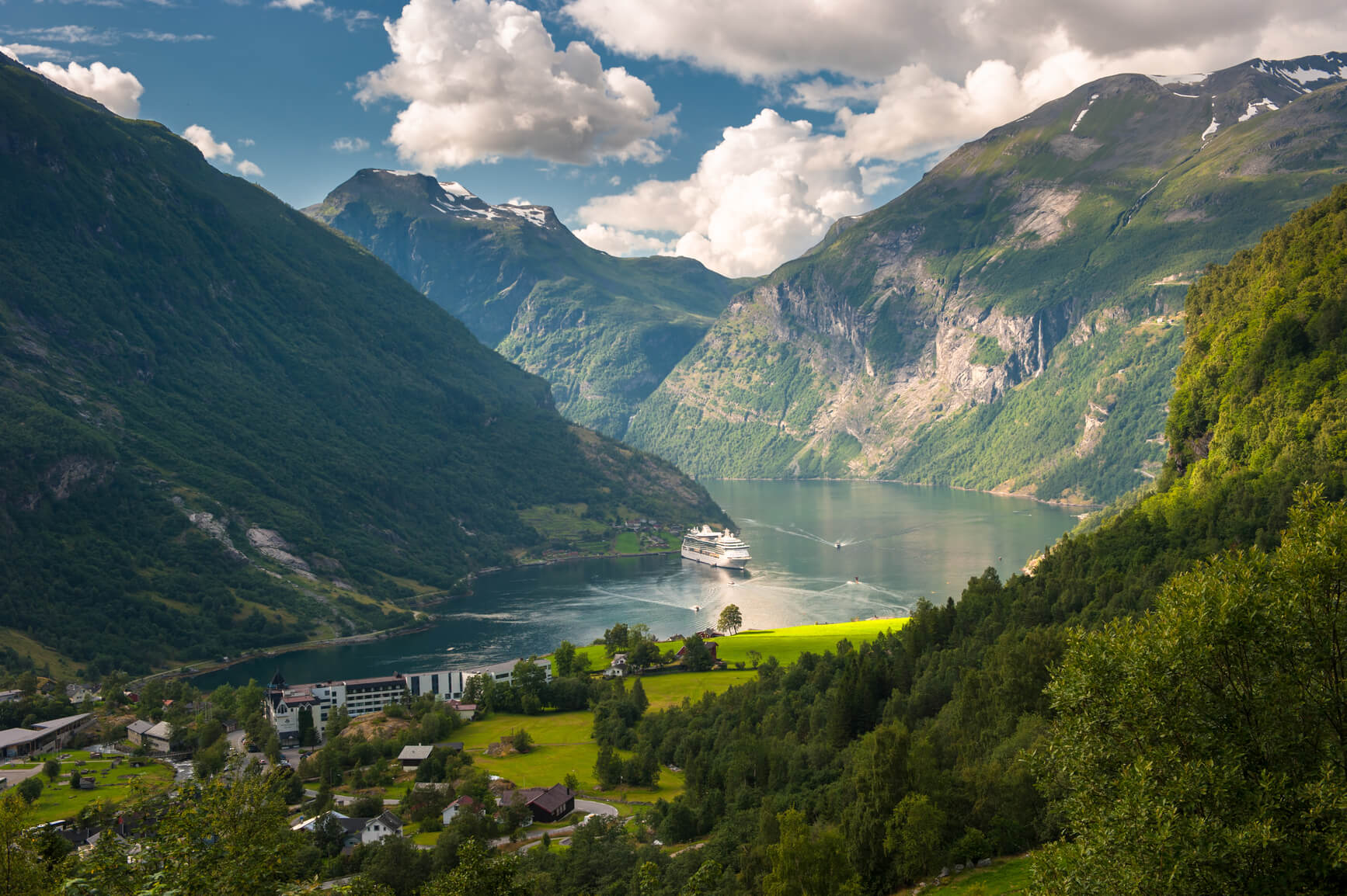 Los Angeles to Oslo, Norway for only $416 roundtrip