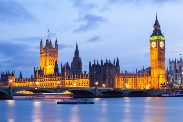 Portland, Oregon to London, UK for only $480 roundtrip