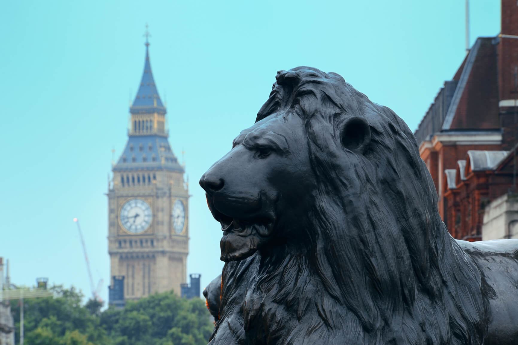 Non-stop from Calgary, Canada to London, UK for only $228 CAD one-way (or $562 CAD roundtrip)
