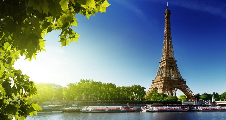 Flight deals from US cities to Paris, France | Secret Flying