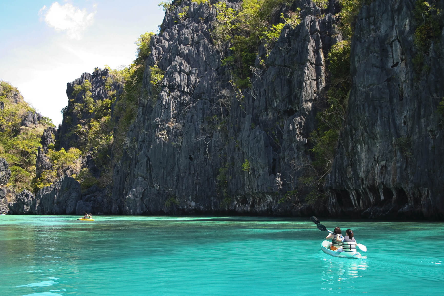 Rome, Italy to Manila, Philippines for only €342 roundtrip