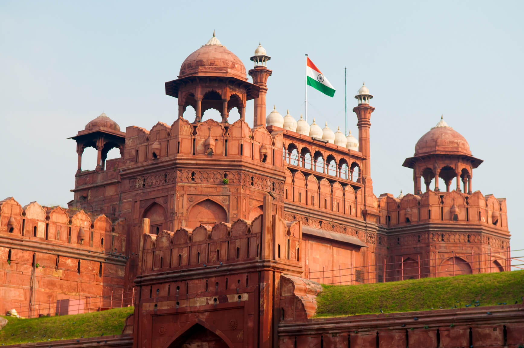 Milan, Italy to Delhi, India for only €357 roundtrip (Jan-Apr dates)