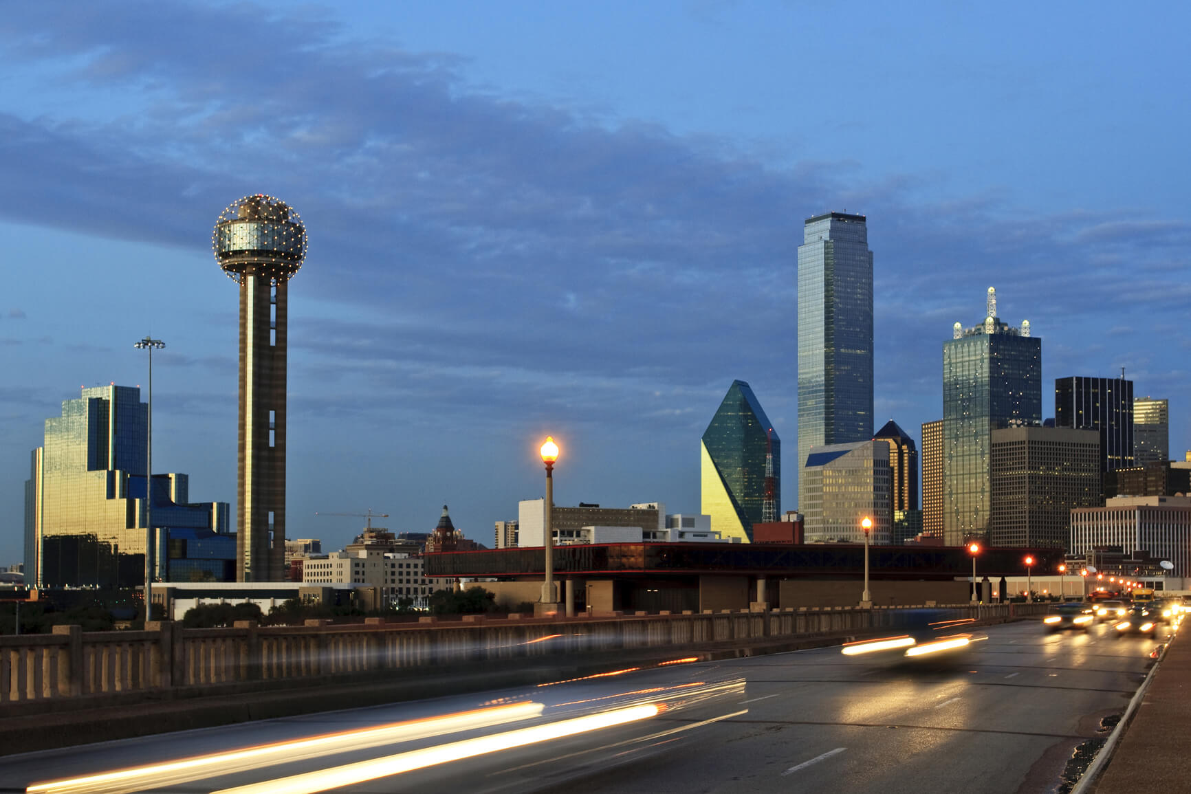 🚨 PRICE DROP 🚨 Non-stop from New York to Dallas, Texas (& vice versa) for only $74 roundtrip (Nov-Apr dates)