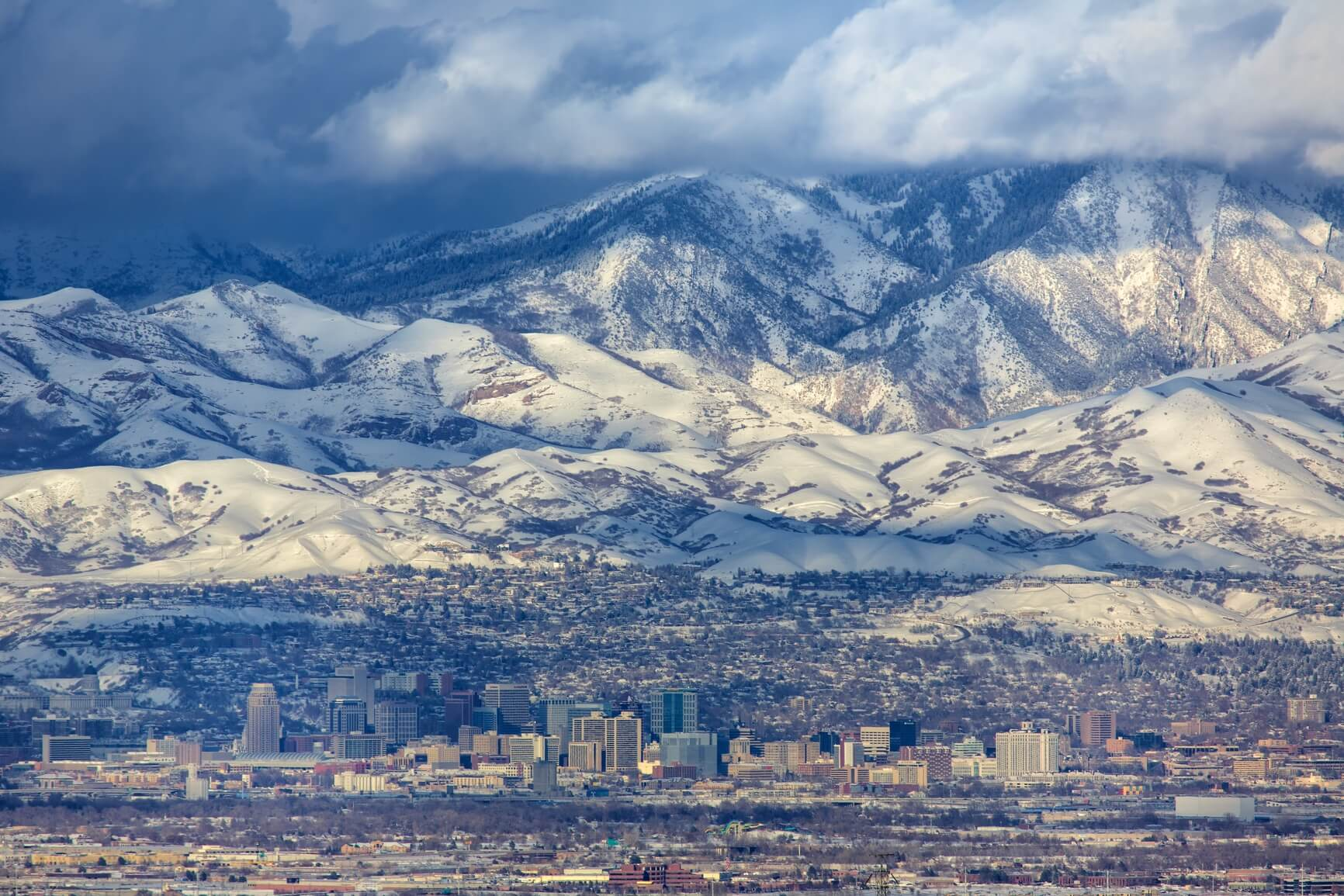 Non-stop from Chicago to Salt Lake City, Utah (& vice versa) for only $136 roundtrip (Oct-Nov dates)