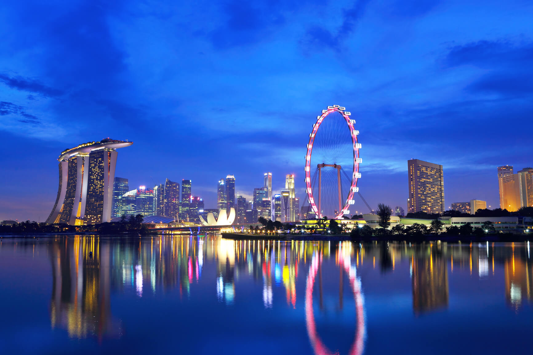 Oslo, Norway to Singapore for only €374 roundtrip (Sep-Nov dates)