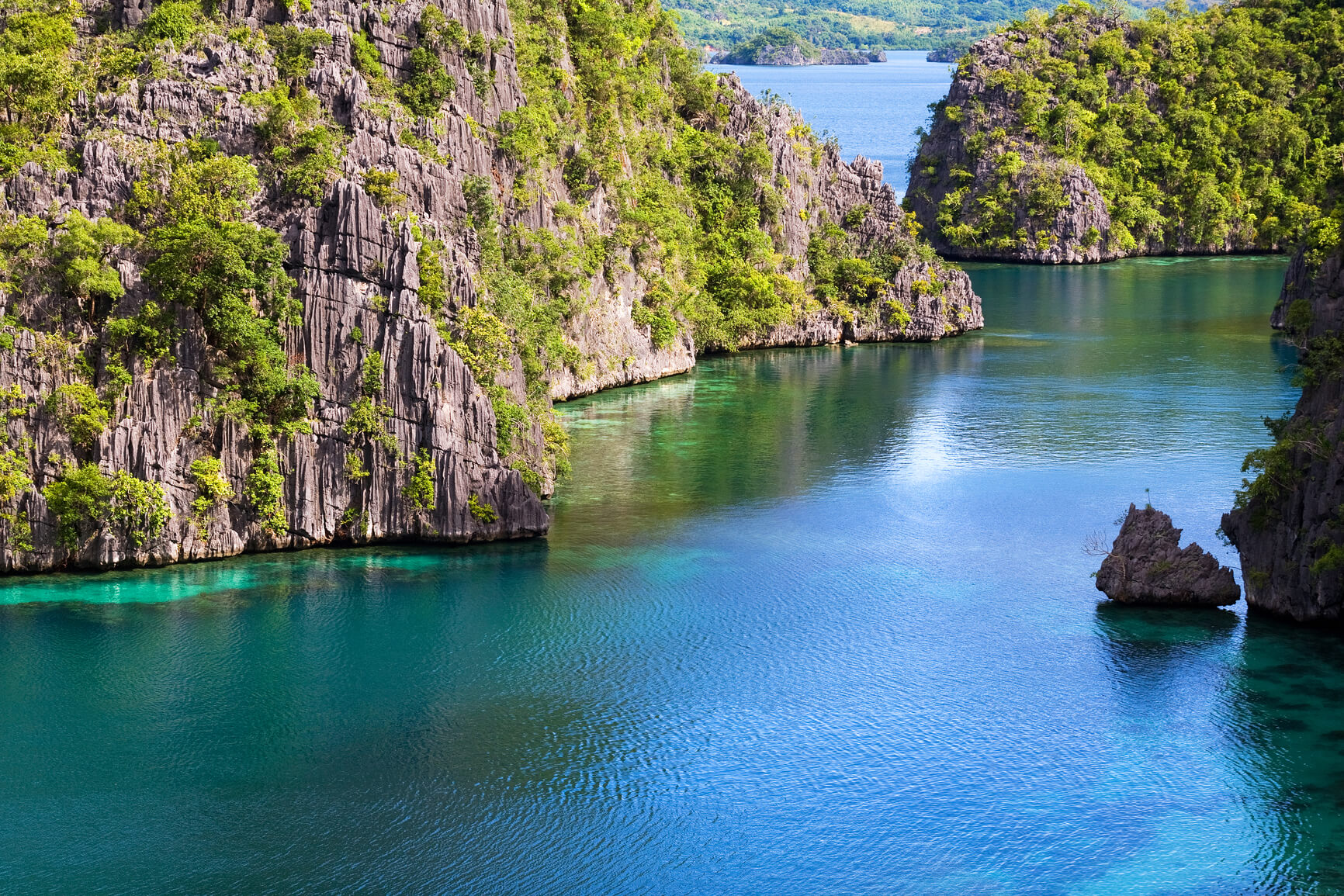 Milan, Italy to Manila, Philippines for only €382 roundtrip