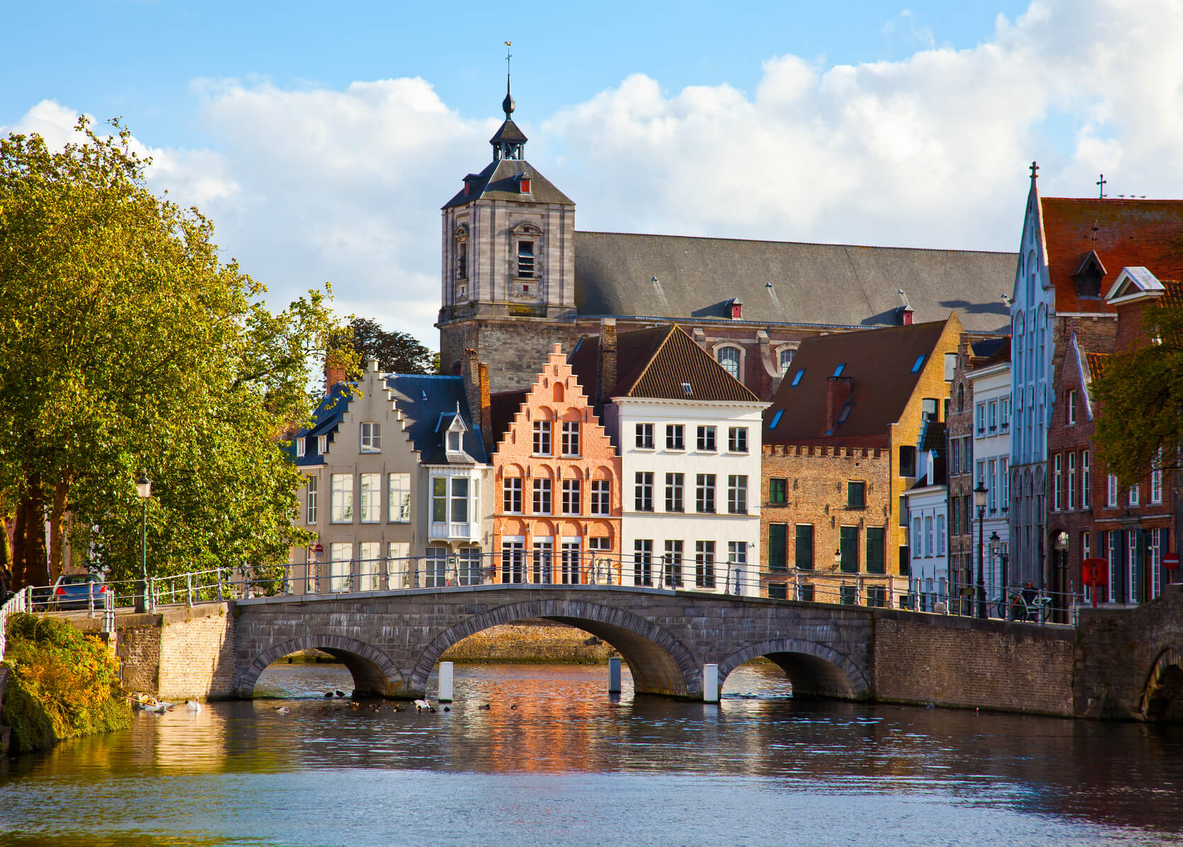 HOT!! Montreal, Canada to Brussels, Belgium for only $376 CAD roundtrip (Sep dates)