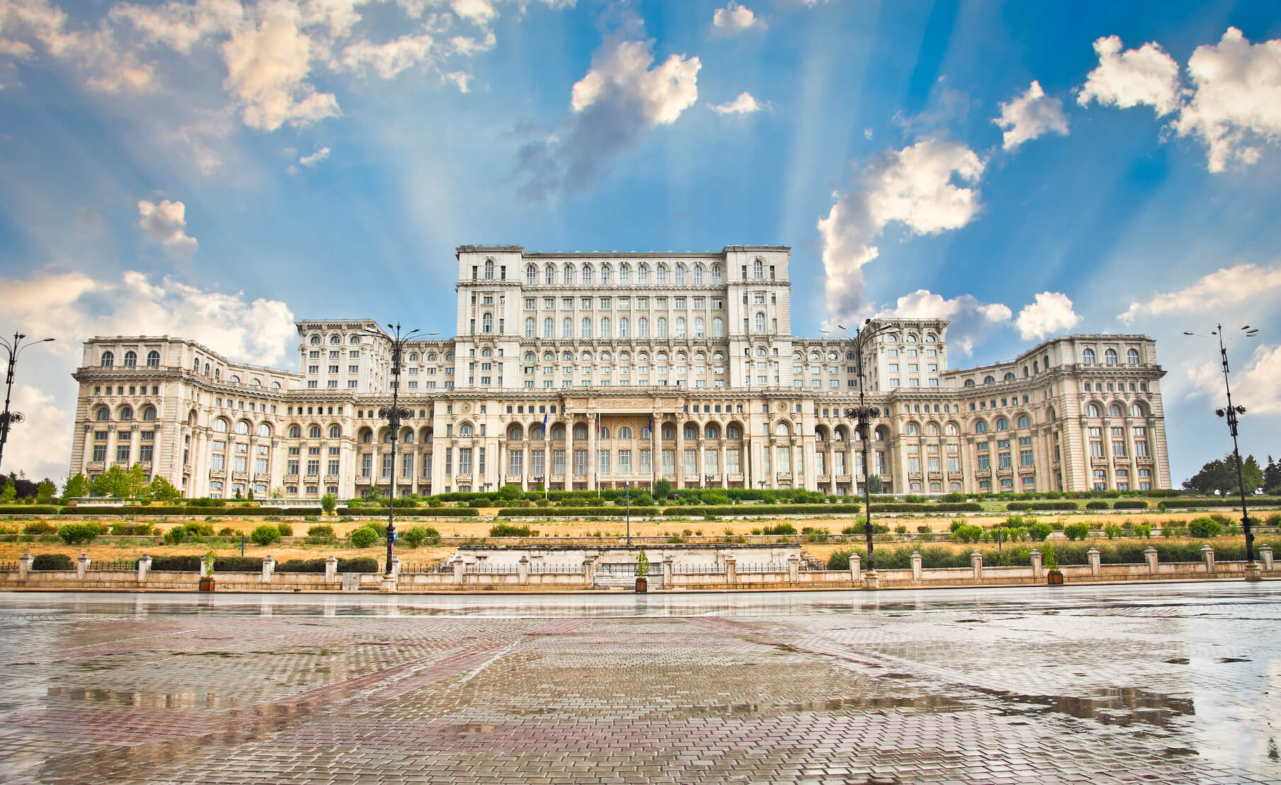 SUMMER: Johannesburg, South Africa to Bucharest, Romania for only $432 USD roundtrip (Aug-Sep dates)
