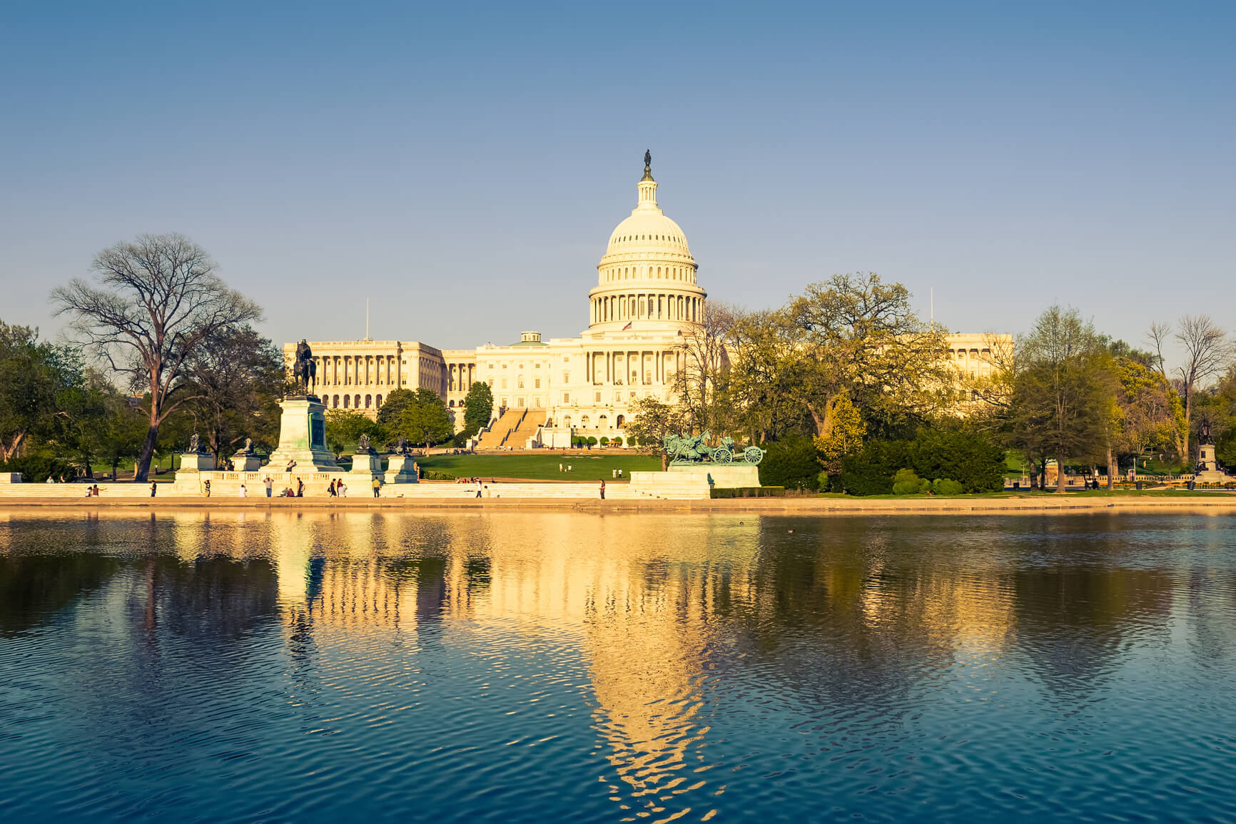 Kuwait to Washington DC, USA for only $569 USD roundtrip