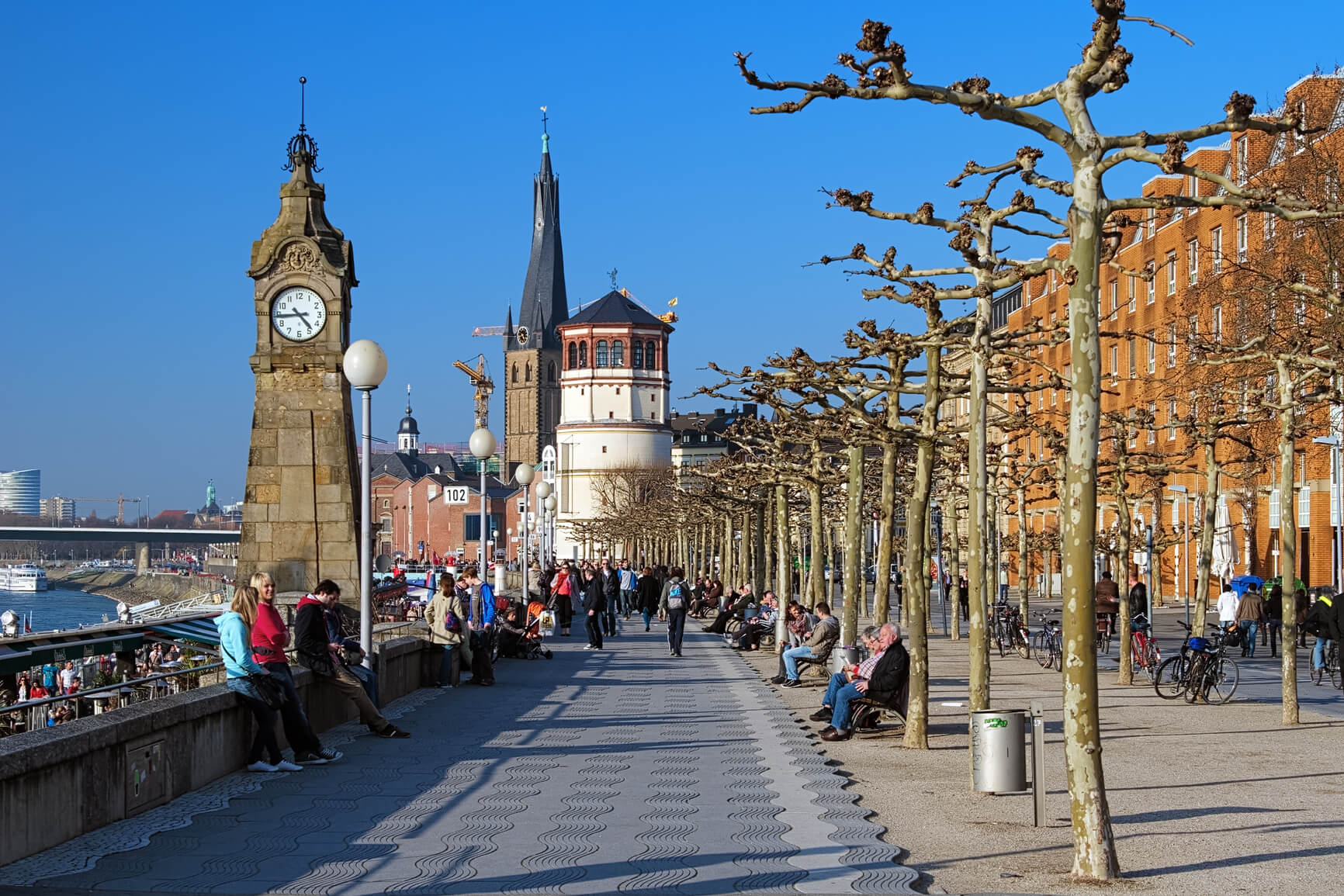 SUMMER: London, UK to Dusseldorf, Germany for only £20 roundtrip (Aug dates)