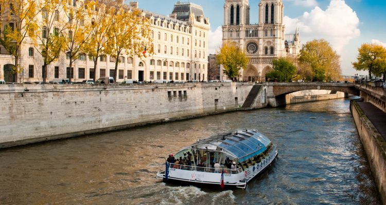 <div class='expired'>EXPIRED</div>HOT!! Detroit to Paris, France for only $255 roundtrip   Secret Flying