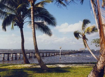 HOT!! Non-stop from New York to Fort Myers, Florida (& vice versa) for only $34 roundtrip (Aug-Dec dates)