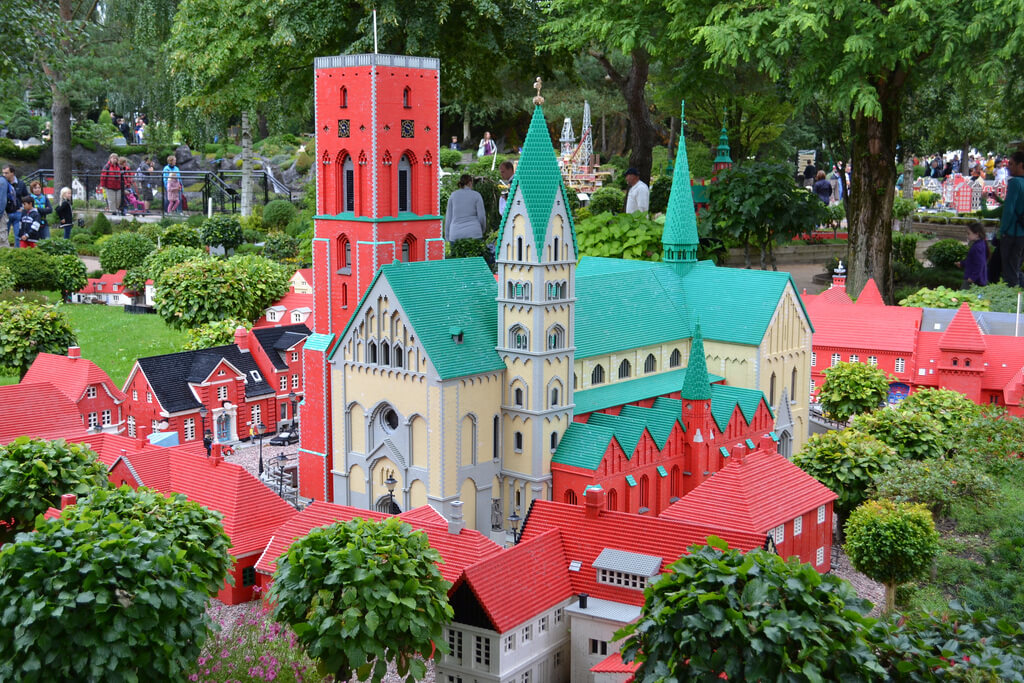 HOT!! Berlin, Germany to Billund, Denmark for only €4 roundtrip