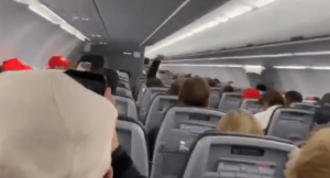 Pilot threatens to 'dump' pro-Trump passengers in Kansas after they refuse facemasks and chant 'USA' during flight