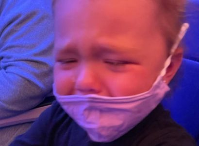 Mother claims Southwest attendant told her to 'glue' face mask to two-year-old's face | Secret Flying