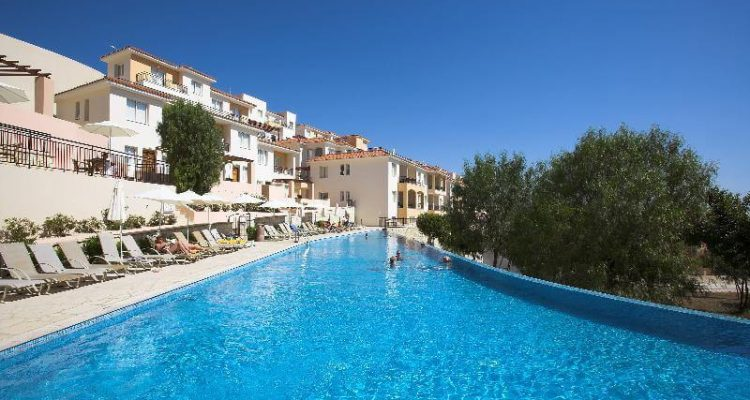 4* Club Coral View Resort in Paphos, Cyprus for only $24 USD per night | Secret Flying